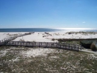 ***2BR/2BA on the Beach!!!*** 7th Night Free!!!, Gulf Shores