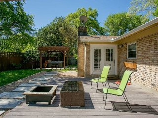 Contemporary Austin Home w/ Deck and Hot Tub, 4 Miles to Downtown