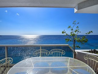 Beautiful 3 bedroom unit overlooking the ocean - Puesta del Sol II - 5N
