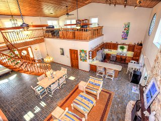 Summer $pecial Luxurious Oceanfront Vacation Home - 3 Bed / 3.5 Bath -OLR485