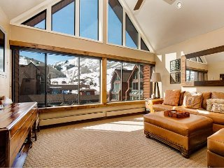 Slope-Side 3BR at Mt. Village w/ Hot Tub & Pool - Next to PayDay Chairlift