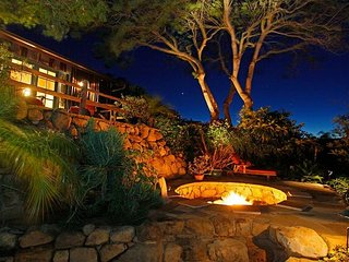 Hilltop Adobe w/ Panoramic Views, Private Courtyard, Close to Beach & Town