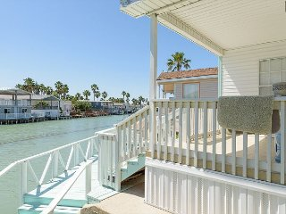Home on Canal w/ Private Boat Dock, Pool Access, & Golf Course, Port Isabel