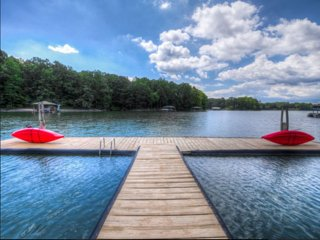 Wildlife Retreat Lake Norman Vacation Home - Private/Secluded Waterfront Retreat