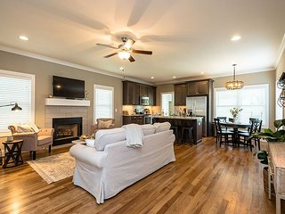 Brand New Nashville Home – Walk to Dining & Shops, 5 Miles From Downtown