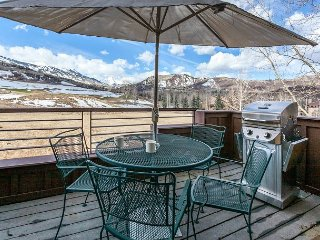 Beautiful Views, Updated Condo with Great Amenities
