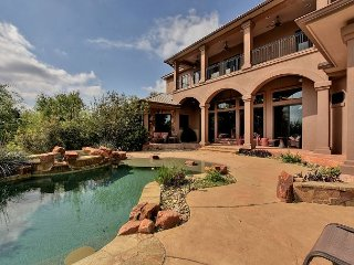 Luxury Waterfront Home on Lake Travis - Boat Dock, Pool, Theater