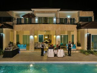 Spectacular 4 Bedroom Caribbean Villa with Private Pool