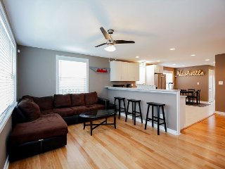 Newly Renovated – Minutes to Downtown, Hip Neighborhoods & Dining