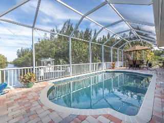 3BR/2BA Home in Bokeelia (near Pine Island) on Canal with Salt-Water Pool