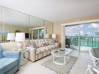 1BR Plantation Palms #205 w/ Resort Pools, Hot Tubs, & Tennis—Steps to Beach
