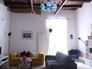 New Modern Apartment in the 'Centro Storico of Naples'