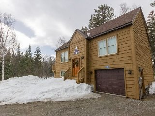 New Carrabassett Valley Home – On Shuttle Route to Sugarloaf Ski Slopes!