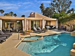 2BR/2.5BA Sundance  quiet Condo pool/spa Northwest Palm Springs