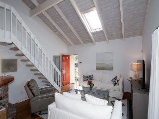 Beautifully Renovated - New Seabury Contemporary Charmer, Mashpee