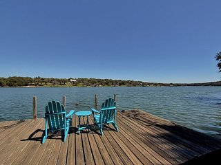 You Will Love This Place! — 3BR, 2BA Lakefront Spicewood Home w/ Private