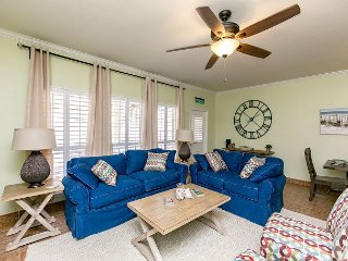 Area Not Impacted by Hurricane: 3BR North Padre Condo w/Patio, Walk to Beach