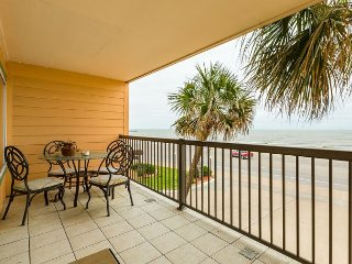 2BR Beachfront Resort Condo W/Gulf Views