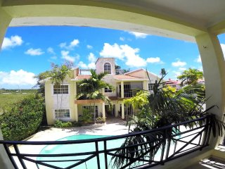 One private Room in Perfect Apartment close to the Beach!