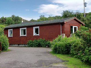 Cosy Lodge, Sleeps 4- close to Arisaig & the Beach