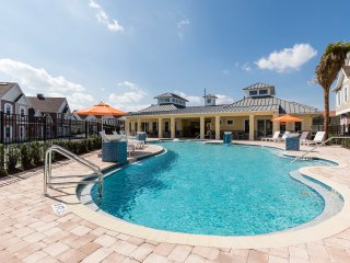 Summerville Resort - 5 Bed/6 Bath Townhome (SMV102)