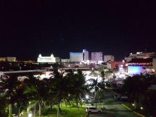 Condo, Heart of the Hotel Zone Cancun
