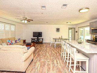 June/July $pecials - Beautiful Beachside Home W/ Pool - 3BR/2BA - #4332