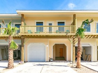 Brand-New 3BR Townhouse w/ Pool & 2 Private Decks - Walk to Dining & Beach