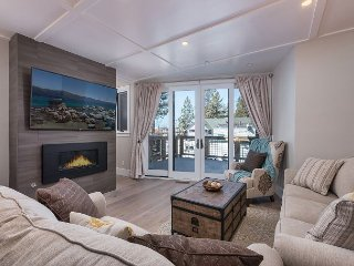 Beachfront 3BR Townhouse w/ Lakeside Deck & Fireplace - Near Skiing & Casinos