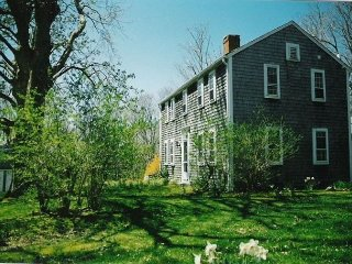 Historic Sea Captain's House in Orleans- Close to Skaket Beach