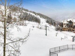4BR, 4BA Beaver Creek Townhouse Near World Class Slopes-Ski In/Ski Out