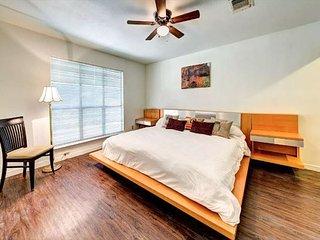 3BD, 2BA Pet-Friendly Home in West Lake Hills—5 mi. to Downtown Austin