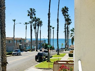 Walk to Beach from 2BR, 1.5BA Oceanside Condo—Close to Bars and