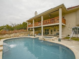 Open Concept &Family-Friendly 4BR, 3BA Austin Home with Hill Country Views