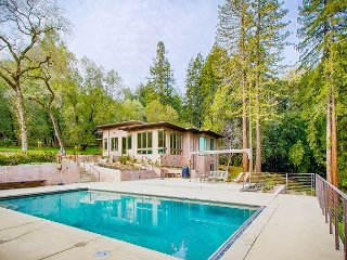 Modern 4BR, 4BA w/ Pool - Located in Ultimate Privacy of Sonoma's Redwoods