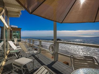 2BR, 2BA Beachfront Malibu House with Panoramic Ocean Views