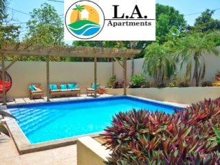 L.A. Vacation Rentals, Utila