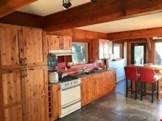 Sealion Lodge | WYA Point Resort, Ucluelet