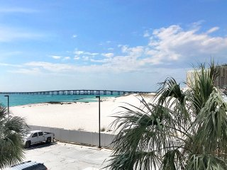 East Pass 207-2BR-Oct 25 to 27 $537! Buy3Get1FREE-FAB Beach Views-Huge Balcony!