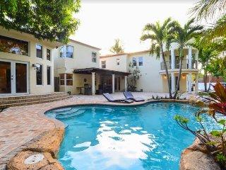 Beautiful 6BR Villa in Miami!