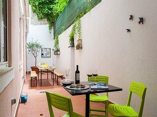 Alfama Terrace Deluxe |RentExperience, Lisboa