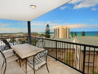 Unit 4, Beaumont Sur Mer, 13 - 15 Pacific Terrace Coolum Beach, 400 BOND