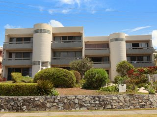 Unit 2, Biriny Lodge, ********* David Low Way Coolum Beach