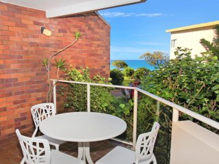 Unit 4, Coolum Cove, 1682 David Low Way Coolum Beach, 400 BOND, LINEN SUPPLIED