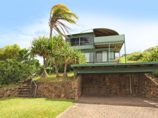 38 Pacific Terrace, Coolum Beach - Linen supplied