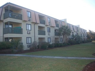 4033-2-B A Place At The Beach, Crescent