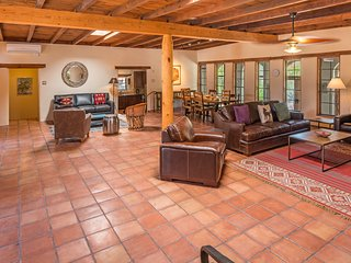 Apodaca - Two Casitas - Spacious and Inviting, Santa Fe