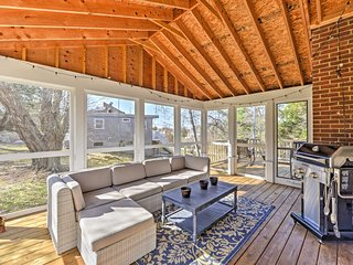 2BR South Kingstown House w/Screened-In Porch