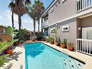 2BR Elegant Condo w/ Tropical Garden Pool, 2 Minutes from Beach, South Padre Island