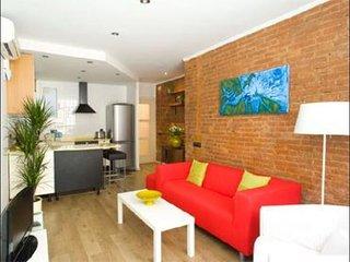 Rambla y Playa apartment in Poblenou {#has_luxuri…, Barcelona